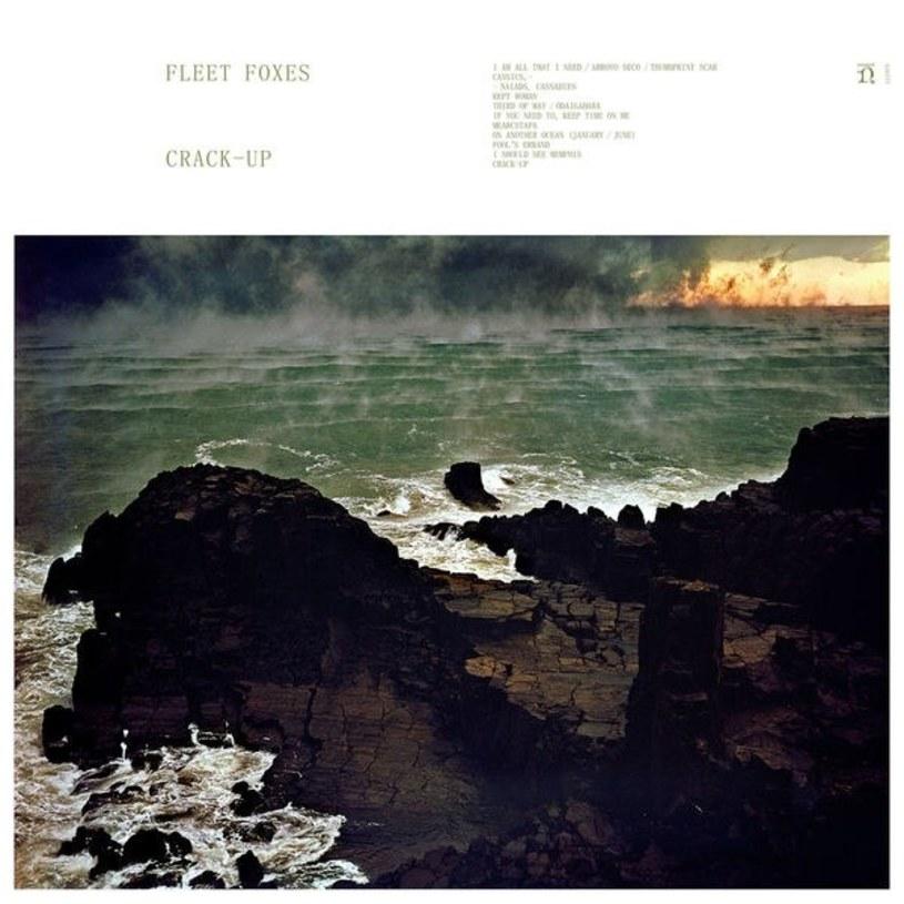 """Po """"Helplessness Blues"""", wydanym w 2011 roku, zjechali do boksu na chwilę, która okazała się nieco dłuższą. Sześć lat później Fleet Foxes wracają z nowym albumem, opisującym raczej te ciemne strony ludzkiej egzystencji. Skąd wziął się """"Crack-Up""""?"""