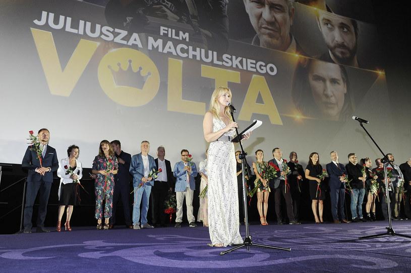 """W warszawskim Multikinie w Złotych Tarasach odbyła się we wtorek, 20 czerwca, premiera najnowszej produkcji Juliusza Machulskiego """"Volta"""". Kto pojawił się na pokazie?"""