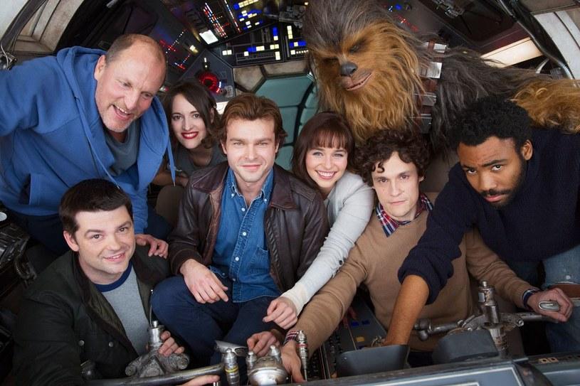 """Christopher Miller i Phil Lord nie są już reżyserami """"Hana Solo"""". Artystyczny duet został zwolniony przez Kathleen Kennedy - szefową LucasFilm."""