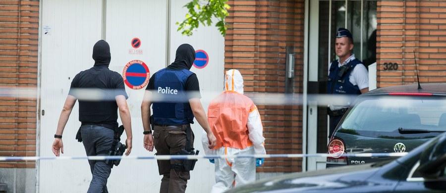 Osama Zariouh, który próbował przeprowadzić atak terrorystyczny na Dworcu Centralnym w Brukseli, mógł sympatyzować z dżihadystycznym Państwem Islamskim - podała belgijska prokuratura federalna.