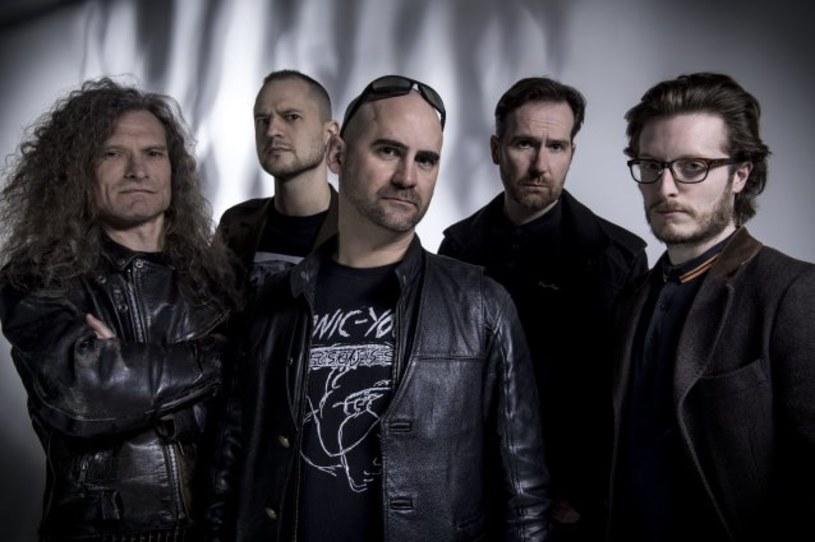 Black / deathmetalowa grupa Akercocke z Londynu odlicza już dni do premiery nowej płyty.