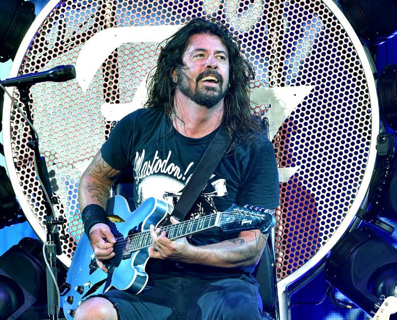 """Dziewiąty album Foo Fighters """"Concrete and Gold"""" ukaże się 15 września."""