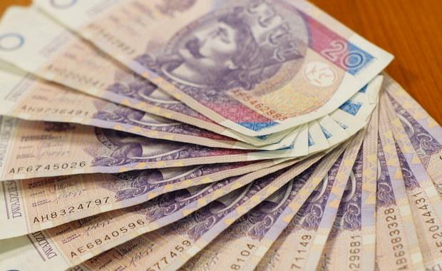 Uwaga na powtórkę z Amber Gold. Szef Komisji Nadzoru Finansowego Marek Chrzanowski ostrzega, że pojawiają się nowe podejrzane parabanki, które mogą okazać się piramidami finansowymi.