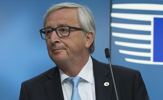 """Szef KE Jean-Claude Juncker powiedział dziennikarzom, że przedstawiona przez brytyjską premier Theresę May propozycja dotycząca statusu obywateli UE w Wielkiej Brytanii po Brexicie jest """"niewystarczająca"""". To dopiero pierwszy krok, ale ten krok jest niewystarczający - uznał Juncker."""