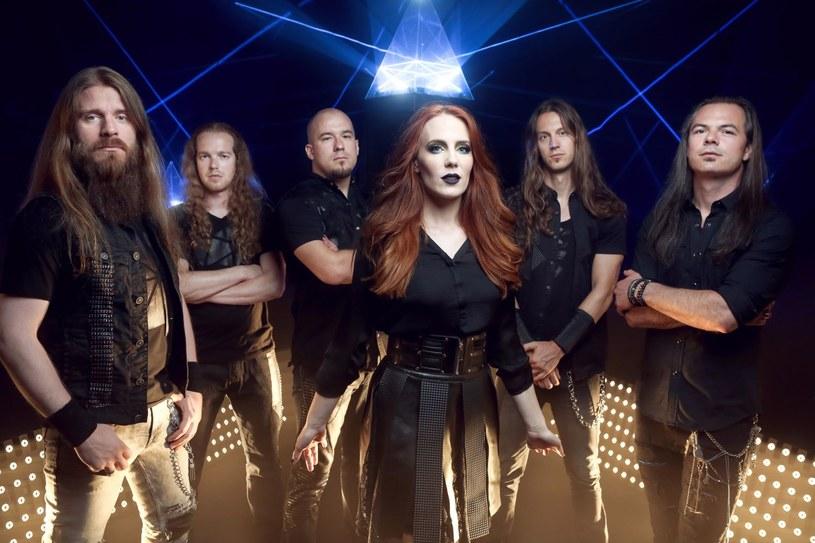 """Holenderska grupa Epica wyda 1 września nową EP-kę """"The Solace System""""."""