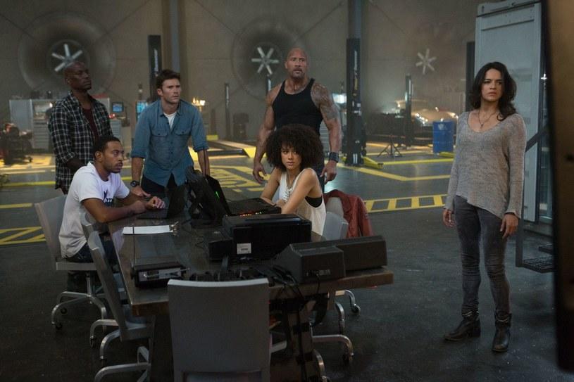 """Jedna z gwiazd serii """"Szybcy i wściekli"""" zagroziła, że nie wystąpi w żadnym kolejnym filmie serii. Michelle Rodriguez stawia producentom i scenarzystom warunki."""