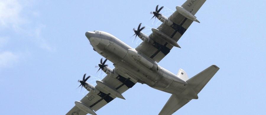 16 osób zginęło w katastrofie samolotu wojskowego, który rozbił się w amerykańskim stanie Missisipi - podała stacja CNN, powołując się na miejscowe służby ratownicze.