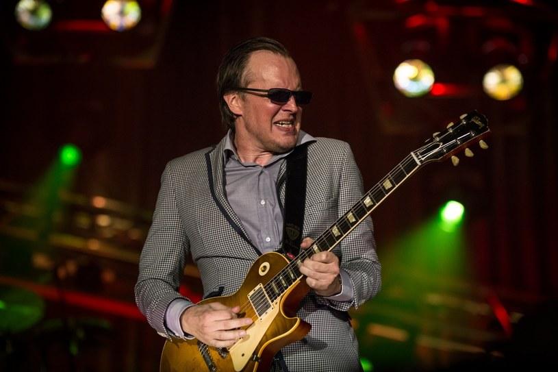 24 marca 2018 r. w Domu Muzyki i Tańca w Zabrzu zagra słynny gitarzysta bluesrockowy Joe Bonamassa.