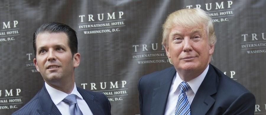 """Prezydent USA Donald Trump ocenił w środę na Twitterze, że jego syn, który opublikował maile z czasów kampanii wyborczej wskazujące, iż Rosja wspierała obecnego prezydenta w wyborach z ub.r., """"świetnie się spisał"""". Podkreślił, że jego syn jest niewinny."""