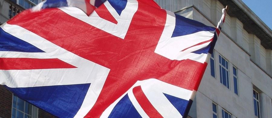 Brytyjki rząd opublikował projekt ustawy, która po Brexicie zapoczątkuje proces wycofywania praw Unii Europejskiej, które Londyn uzna za niepotrzebne. Dotyczyć ona będzie także naszych rodaków mieszkających na Wyspach. Wprawdzie o ich statusie zadecyduje porozumienie zawarte w wyniku negocjacji brexitowych, ale wszelkie prawa jakie obowiązywać ich będą po wyjściu Wielkiej Brytanii ze Wspólnoty ustalone zostaną na mocy tej ustawy.