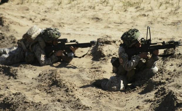 200 duńskich żołnierzy, którzy w ramach kontyngentu NATO zostaną wysłani do Estonii, przejdzie szkolenie na temat tego jak postępować wobec rosyjskich kampanii dezinformacyjnych - przekazał szef resortu obrony Danii Claus Hjort Frederiksen.