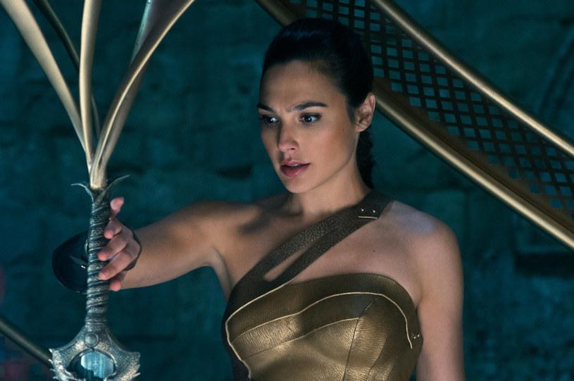 """Sequel filmu """"Wonder Woman"""" trafi na ekrany kin 13 grudnia 2019 - poinformowała wytwórnia Warner Bros."""