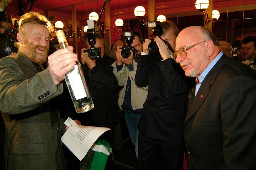 """Jerzy Hoffman w Kętrzynie podczas festiwalu Walkiria opowiadał o kulisach kręcenia swoich największych dzieł. Przyznał, że Bohuna w """"Ogniem i mieczem"""" miał zagrać znany polski aktor, ale ze względu na zdjęcia do innego filmu niestety nie mógł wystąpić."""