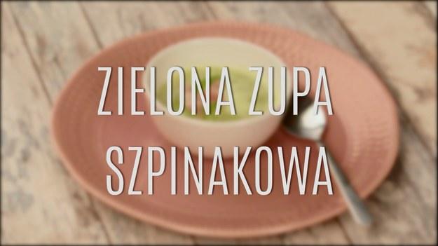 Szpinak to wyjątkowe warzywo, które szturmem podbija polskie stoły! I dobrze - jest niebywale zdrowe, ma mnóstwo witamin i koniecznych mikroelementów. Świetnie smakuje z makaronami, jako nadzienie do pierogów czy naleśników, można z niego zrobić też przepyszną zupę, która posmakuje wszystkim! Zobaczcie, jak zrobić zdrową zupę szpinakową - kolor zieleni na talerzu jest niesamowity!