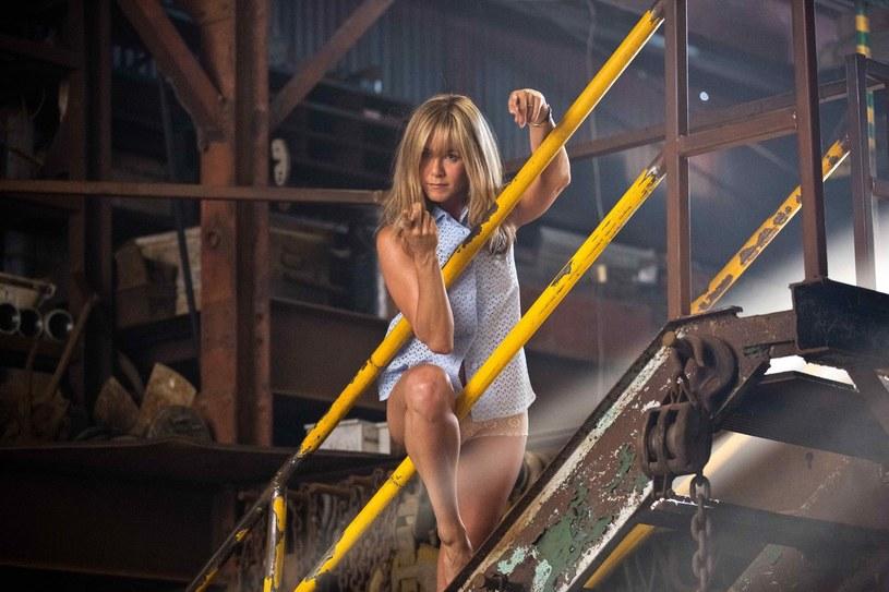 Jennifer Aniston odniosła się do swojego zeszłorocznego artykułu, który dotyczył prezentowania tematu cielesności przez tabloidowe media. Jak stwierdziła aktorka - niewiele zmieniło się w tej kwestii od tamtego czasu.