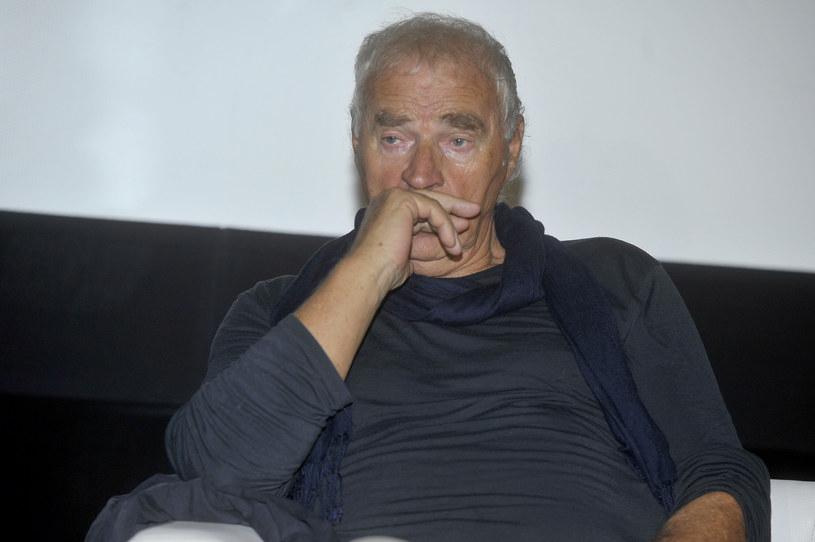 Był bezlitosnym obserwatorem naszej mentalności, działań i dobrych chęci, którymi piekło jest wybrukowane - powiedział prezes ZASP Olgierd Łukaszewicz, wspominając zmarłego w sobotę, 29 sierpnia, pisarza Janusza Głowackiego.