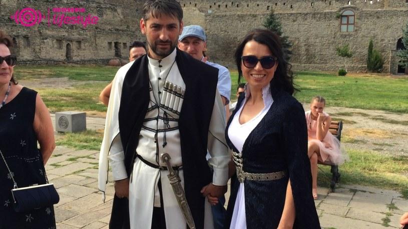 """Katarzyna Pakosińska w niedzielne popołudnie, 20 sierpnia, powiedziała sakramentalne """"tak"""". Jej mężem został Szota, gruziński dziennikarz telewizyjny."""