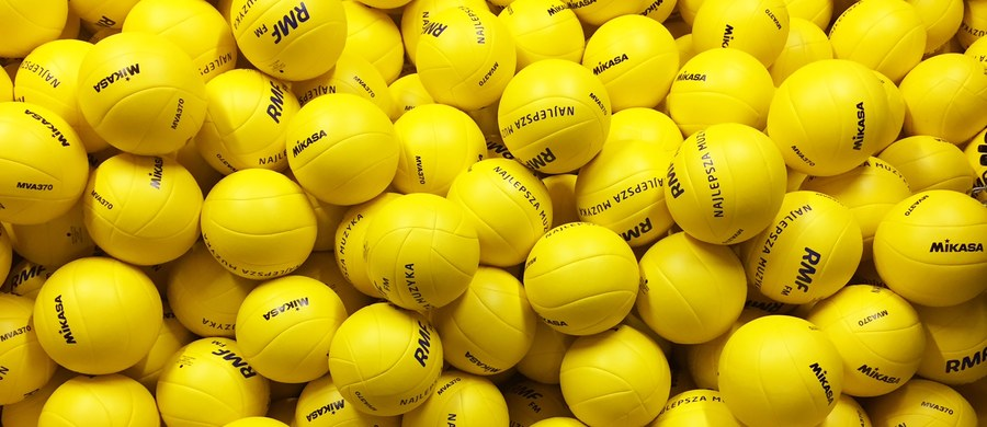 Znani sportowcy i gwiazdy sceny pomogą nam w pobiciu rekordu Guinnessa w jednoczesnym podbijaniu piłki do siatkówki! Na wydarzenie zapraszamy 24 sierpnia na Rynek Główny w Krakowie. Bądźcie z nami! Wszystkim uczestnikom imprezy rozdamy piłki i koszulki od RMF FM.
