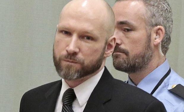 Netflix zapowiedział powstanie filmu o masakrze na norweskiej wyspie Utøya i zamachu w Oslo, jakich w 2011 roku dokonał Anders Breivik. W ciągu doby, która na zawsze zmieniła Norwegię, zginęło 77 osób. Teraz Netflix zapowiada film o tych wydarzeniach, a jego reżyserem ma być Paul Greengrass, twórca między innymi serii o Jamesie Bournie.