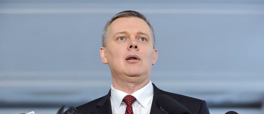 """W przyszły wtorek ma się zebrać """"gabinet cieni"""" Platformy Obywatelskiej, a tematem jego obrad będą nawałnice, które wyrządziły poważne szkody w zachodniej części Polski. Celem spotkania jest krytyka działań gabinetu Beaty Szydłu po ataku żywiołu."""