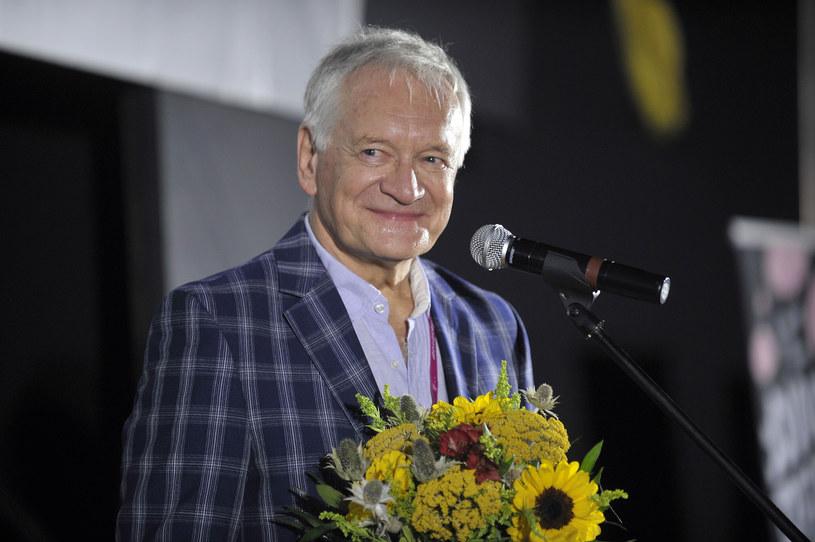 """W pierwszym odcinku nowej serii """"Ucha Prezesa"""" w jednej w ról pojawi się wybitny polski aktor Andrzej Seweryn. W kogo się wcieli?"""