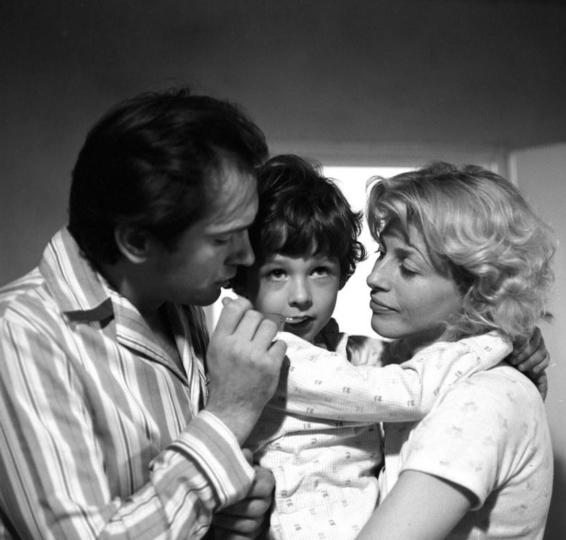 """Dokładnie 30 lat temu miała miejsce premiera filmu """"Życie wewnętrzne"""" Marka Koterskiego - pozycja obowiązkowa dla wszystkich współczesnych miłośników """"Dnia świra"""". To właśnie wtedy krystalizowała się bowiem na ekranie postać Adasia Miauczyńskiego."""