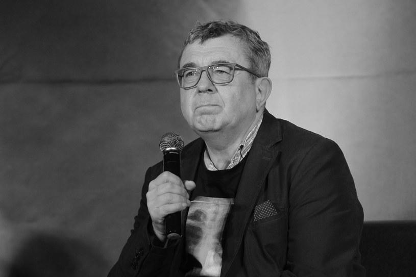 Zmarł Grzegorz Miecugow - informuje TVN24. Dziennikarz miał 61 lat.