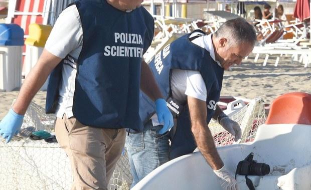 Śledczy prowadzący dochodzenie w sprawie napadu na polskich turystów w Rimini we Włoszech mają nazwiska około 20 osób, wśród których, jak przypuszczają, są poszukiwani czterej sprawcy brutalnego gwałtu i pobicia - podała w poniedziałek stacja TV Sky TG24.
