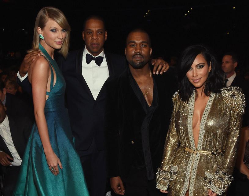"""Zdaniem niektórych użytkowników w swoim najnowszym teledysku  """"Look What You Made Me Do"""" Taylor Swift kpi z napadu, którego ofiarą w październiku 2016 roku padła Kim Kardashian. Dlaczego?"""