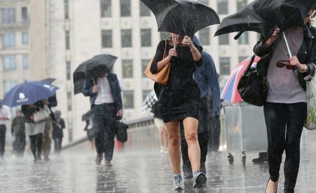 Małopolska i Podkarpacie - w tych dwóch województwach Instytut Meteorologii i Gospodarki Wodnej wydał ostrzeżenia dotyczące intensywnych opadów deszczu. To alerty pierwszego i drugiego stopnia - zarówno meteorologiczne, jak i hydrologiczne. Wszystkiemu winien jest front atmosferyczny i niż, który stacjonuje nad Bałtykiem.