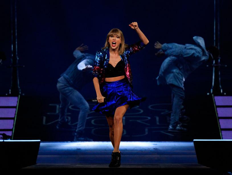 """Taylor Swift opublikowała kolejny singel zwiastujący jej nowa płytę """"Reputation"""". Posłuchajcie utworu """"…Ready For It""""."""