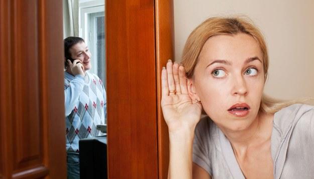 Jak pokonać lęk przed opinią znajomych?