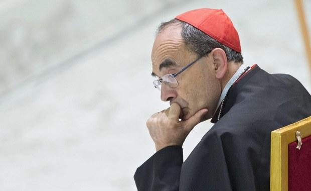 Kardynał Philippe Barbarin będzie sądzony w kwietniu 2018 roku za niezgłoszenie popełnionych w latach 1986-1991 w jego diecezji przez jednego z księży aktów pedofilii - poinformował we sąd w Lyonie. Barbarin został metropolitą Lyonu w 2002 roku.