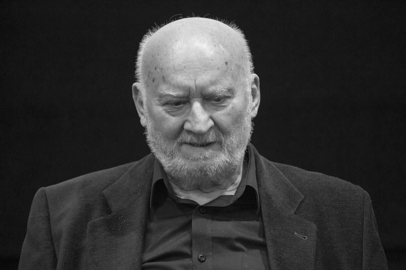 W wieku 78 lat zmarł w czwartek, 21 września, reżyser filmowy i pedagog Grzegorz Królikiewicz - poinformowała na swojej stronie Państwowa Wyższa Szkoła Filmowa, Telewizyjna i Teatralna im. Leona Schillera w Łodzi.