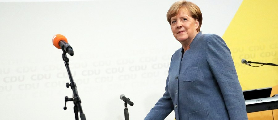 Blok partii chadeckich CDU/CSU uzyskał 33 proc. głosów w niedzielnych wyborach parlamentarnych w Niemczech - poinformowała Federalna Komisja Wyborcza w Wiesbaden. Drugie miejsce zajęła SPD z wynikiem 20, 5 proc.