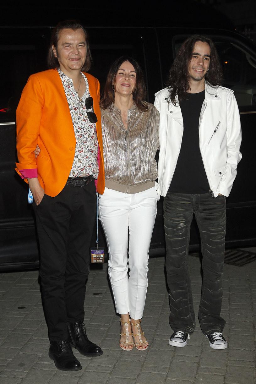 W niedzielę (24 września) minęło 30 lat od ślubu Roberta i Moniki Gawlińskich. Para może się pochwalić jednym z najdłuższych staży w rodzimym show-biznesie.
