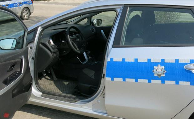 Dramat w Pszowie na Śląsku. Dziś rano w jednym z domów znaleziono ciało kobiety. Były na nim ślady bieżnika opon samochodowych. Oprócz tego w domu znaleziono mężczyznę, który próbował popełnić samobójstwo.