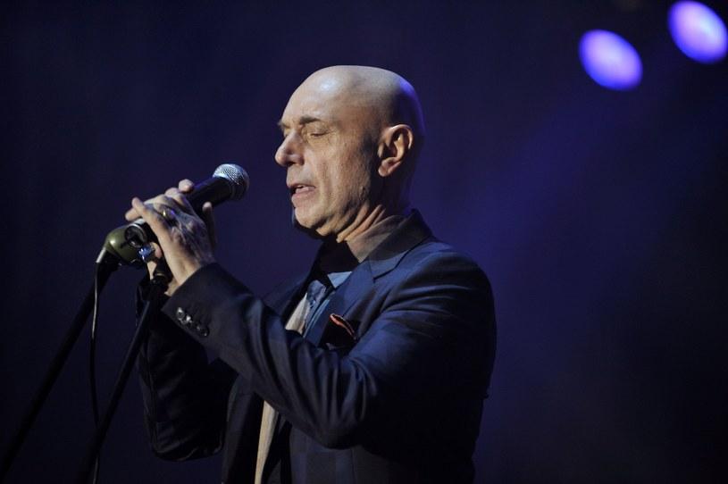 """""""Przysięgłem żonie, że nie wezmę do ust kieliszka wina. I trwam"""" - mówi wokalista Irek Dudek, głównodowodzący Rawa Blues Festival,"""