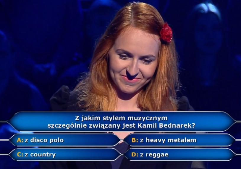 """Violetta Rost z Bytomia w """"Milionerach"""". Uczestniczka pozdrowiła Kamila Bednarka, choć powiedziała, że Polacy nie umieją grać reggae."""