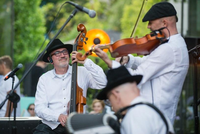 16 października w ICE Kraków (Sala Audytoryjna) odbędzie się jubileuszowy koncert z okazji 25-lecia grupy Kroke. Na scenie pojawią się gościnnie Anna Maria Jopek, Tomasz Stańko, Zohar Fresco i Sławek Berny.