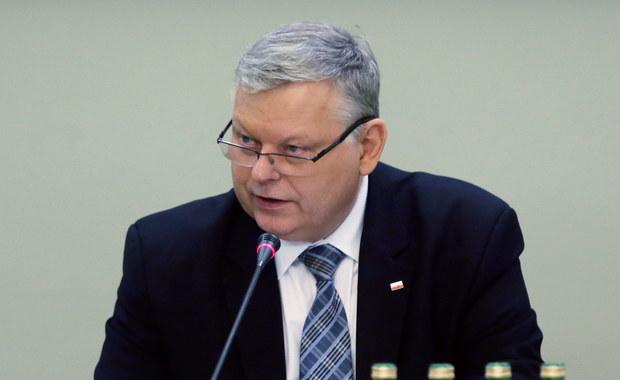 """""""To krok prezydenta w kierunku odpowiedzialności, to dobry sygnał"""" - tak w rozmowie z RMF FM poseł Marek Suski z PiS komentuje ujawnione przez naszego dziennikarza kulisy negocjacji głowy państwa z Jarosławem Kaczyńskim w sprawie ustaw o sądach. Tym samym potwierdzają się nasze informacje, że Andrzej Duda po spotkaniu z prezesem PiS, wycofał się ze znacznej części swoich pomysłów dotyczących KRS i Sądzie Najwyższym."""
