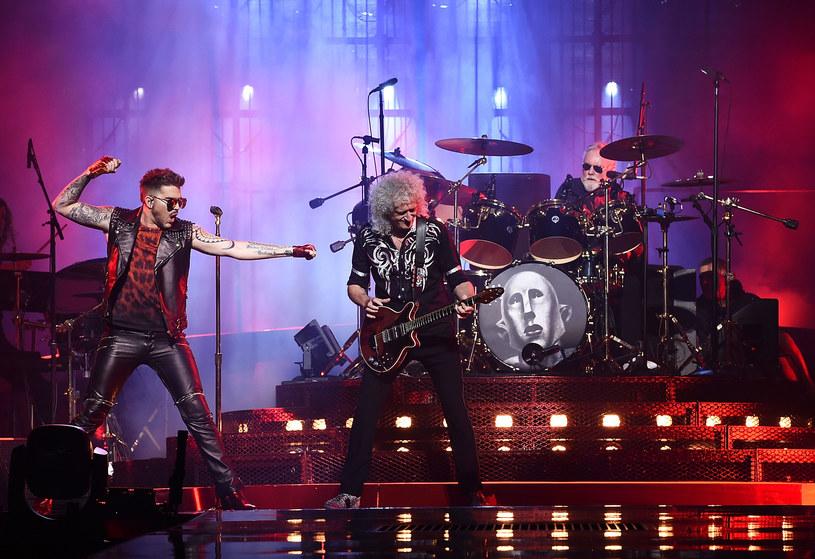 21 x 34 metry - tyle mierzyć będzie scena w kształcie gitary, która pojawi się 6 listopada w Atlas Arenie w Łodzi podczas koncertu grupy Queen + Adam Lambert.