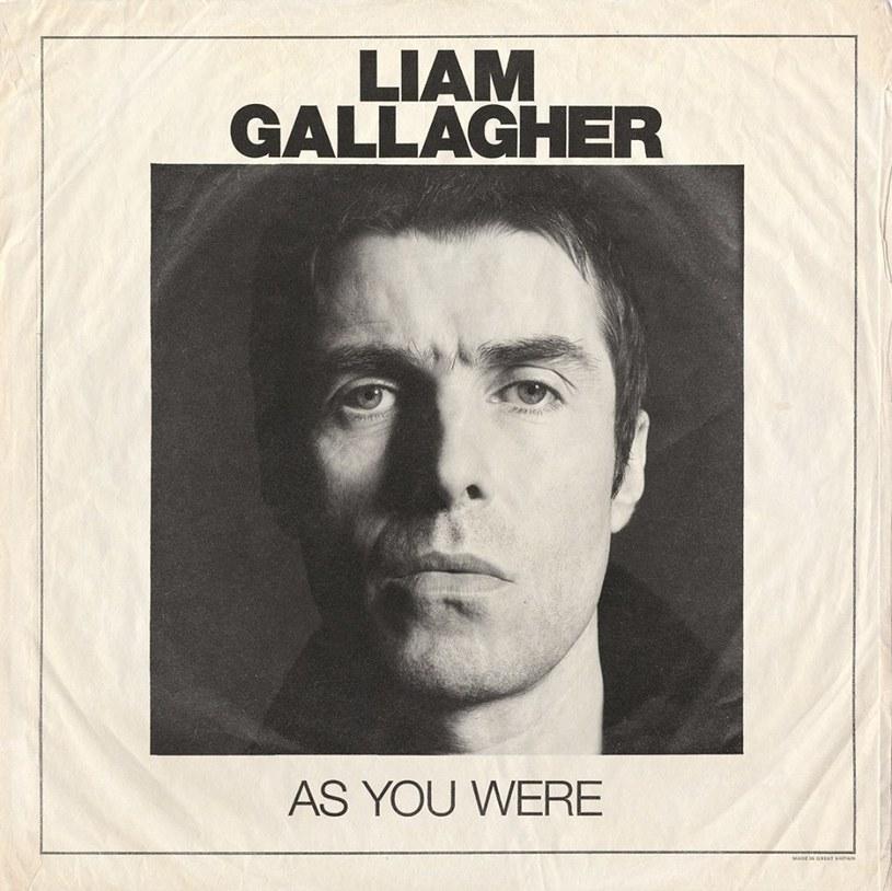 Jak się nie ma w głowie, to trzeba mieć w nogach - głosi przysłowie. Liam Gallagher z kolei uprawnia inne: jak się nie ma dobrych piosenek, to trzeba mieć niewyparzoną gębę.