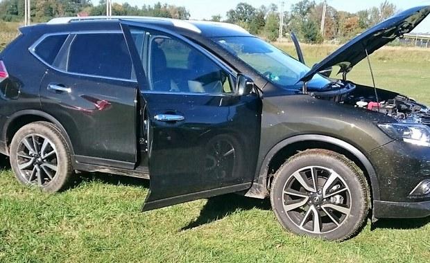 Funkcjonariusze Straży Granicznej ze Świecka razem z policjantami z Rzepina zatrzymali po pościgu kierowcę terenowego nissana, który nie zatrzymał się do kontroli. Okazało się, że auto zostało skradzione w Niemczech.