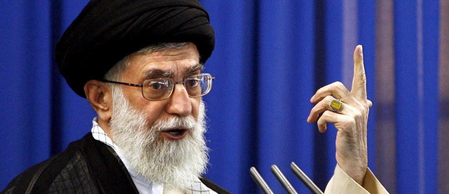 Jeśli USA uznają Gwardię Rewolucyjną za organizację terrorystyczną, Teheran weźmie pod uwagę wszelkie opcje w odwecie - oznajmił Ali Akbar Welejati, bliski doradca najwyższego przywódcy Iranu Alego Chameneia.