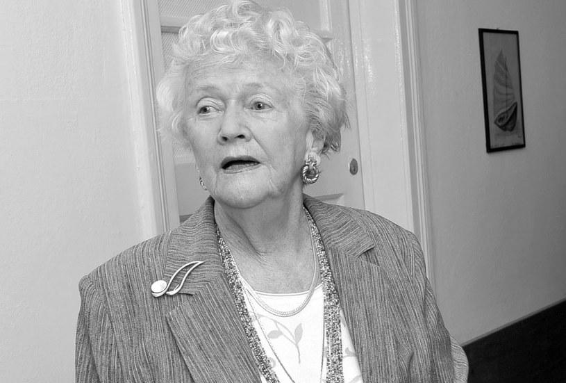 """W piątek, 6 października w Skolimowie w wieku 89 lat zmarła aktorka Zofia Perczyńska. Jej ostatnia kinową rolą była kreacja matki Zdzisława Beksińskiego w """"Ostatniej Rodzinie"""" Jana P. Matuszyńskiego."""