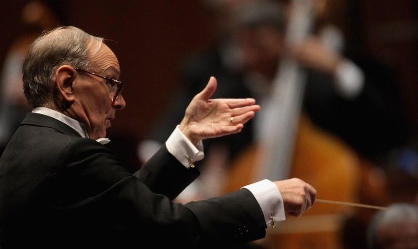 Włoski kompozytor i dyrygent Ennio Morricone wystąpi w sobotę, 14 października, w łódzkiej Atlas Arenie na koncercie podsumowującym jego 60-letnią karierę muzyczną. Pod batutą Morricone, który jest autorem muzyki do ponad pół tysiąca filmów, wystąpi Czeska Narodowa Orkiestra Symfoniczna.