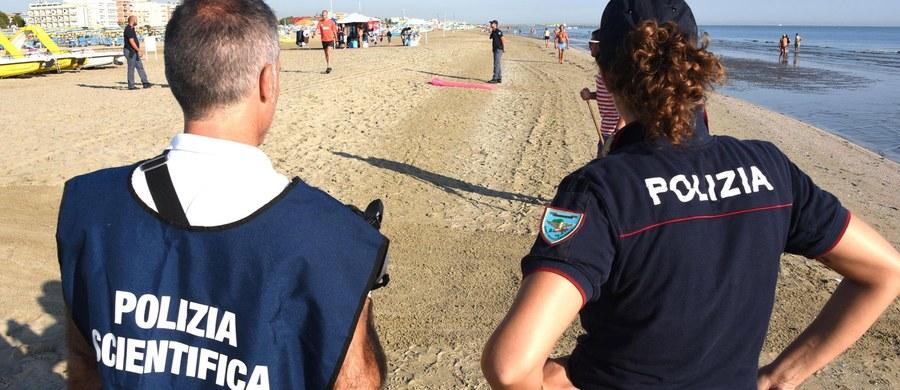 Władze miasta Rimini wystąpiły o status strony poszkodowanej w związku z brutalnym atakiem w sierpniu czteroosobowej bandy na polskich turystów i transseksualną osobę z Peru. Oświadczenie w tej sprawie wydał w piątek zarząd miejski.