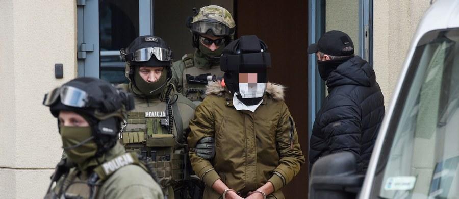 Sąd zwrócił warszawskiej prokuraturze okręgowej sprawę Kajetana P. oskarżonego o brutalne zabójstwo lektorki języka włoskiego, w celu uzupełnienia śledztwa. Prokuratura złożyła zażalenie na to postanowienie sądu.