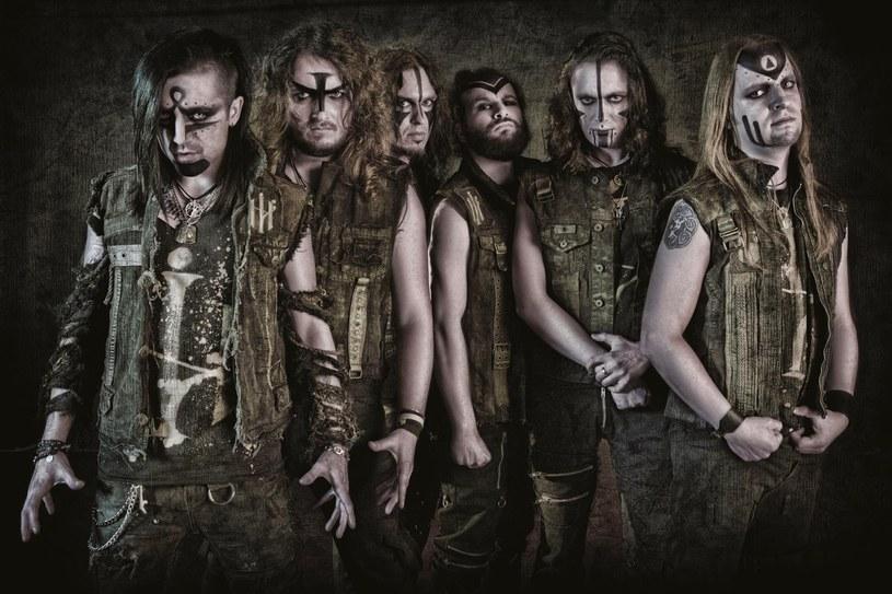 """Na swoją premierę czeka już """"Secrets Of The Magick Grimoire"""" - dziewiąta płyta folk / powermetalowej formacji Elvenking z Włoch."""